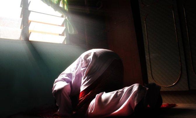 Suami : Lelaki yang Setia pada Tuhannya